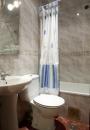 Hostal Prim   Bathroom