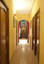 Hostal Prim | Corridor and door